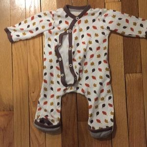 Fall Leaves Outfit - Organic Cotton